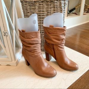 Nine West Tan Leather Heeled Slouch Boot - 8